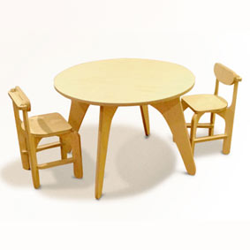 Unlocked toddler plywood table and chairs